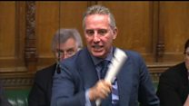 Ian Paisley urges 'no surrender' to EU