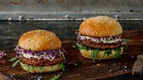 Así son las hamburguesas de insectos que están causando furor en Suiza
