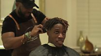 Di Ghana barber wey dey cut hair for Premier League stars