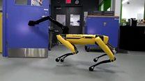 El robot superágil capaz de abrir puertas