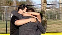 """""""Oí cinco 'pops' y supe que no era un simulacro"""", estudiantes de la escuela Stoneman Douglas de Florida describen el tiroteo"""