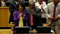 Cheers and song for new S Africa president