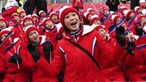 """سر ابتسامة """"جميلات كوريا الشمالية"""" في الأولمبياد"""