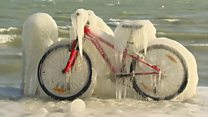 Сибирская зима накрыла Европу