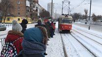 Снігопади накрили Україну в останній день зими