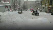 Не проїдеш, не пройдеш - Київ засипало снігом