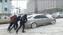 Ukrainians struggle with snow