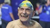 पाहा व्हीडिओ: 99 वर्षांच्या आजोबांचा नवा विश्वविक्रम