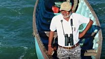 व्हेल शार्क के लिए ज़िंदगी दांव पर लगाने वाला शख्स