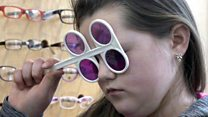 Optician struck off over tinted lenses 'cures'