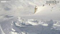 Mochila inflável salva snowboarder 'engolido' por avalanche
