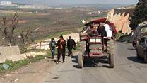 Afrin'de siviller savaştan korunmanın yollarını arıyor