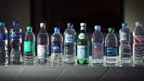 瓶装水里发现大量塑料颗粒