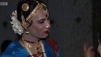 นักเต้นข้ามเพศในอินเดีย