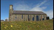 Adfer hên Eglwys hanesyddol yn Aberdaron