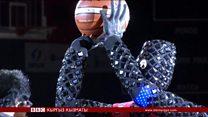 Баскетбол ойногон жапондук робот