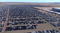 Por que a Volkswagen mantém 'cemitérios' gigantescos de veículos