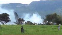 Algérie: un avion militaire s'écrase et fait au moins 100 victimes