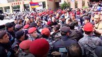 Протести у Вірменії: сутички з поліцією та арешт опозиційного лідера