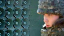 Por qué Corea del Sur apagó los parlantes que emiten propaganda en la frotera hacia Corea del Norte