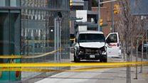 """""""Люди падали один за другим"""": очевидцы - о трагедии в Торонто"""