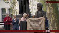 پرده برداری از اولین مجسمه یک زن در میدان پارلمان بریتانیا