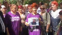 "Пенсионеры из ""Отрядов Путина"" сожгли фото Павла Дурова"