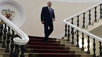 Putin's long, lonely Kremlin walk