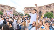 """""""Весь народ надеется на него"""" - сторонники Пашиняна о новом премьере."""