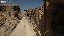 O grupo que voluntariamente recolhe corpos da cidade destruída após batalha com Estado Islâmico