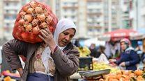 كيف يؤثر نقص محاصيل أساسية في مصر؟