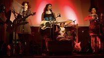 Meltem Arıkan ve Memet Ali Alabora kadına karşı şiddeti tiyatro sahnesine taşıdı