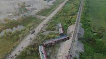 Tàu SE19 tông xe tải, trật bánh ở Thanh Hoá