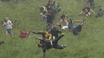 İngiltere: Ölüme meydan okunan peynir yarışında rekor geldi