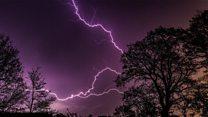 В Британии зафиксировали рекордное количество молний за ночь