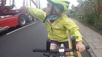 Cyclist, 4, gives lorry driver thumbs up
