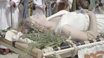 Saxon ruler's funeral re-enacted in Gloucester