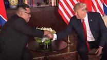 """""""El histórico momento en que Donald Trump y Kim Jong-un se encontraron en Singapur"""""""