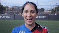 Pelada? Pipoqueiro? Estrangeiros tentam decifrar expressões do futebol brasileiro