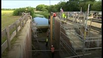 Derelict canal gets new lock gates