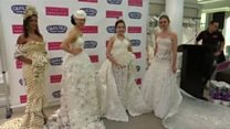 مسابقه ساخت لباس عروس با دستمال توالت