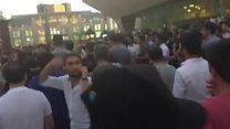 28 May Metro stansiyasının yanında polislə qarşıdurma