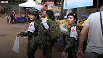 Dân Chiang Rai quyết bám trụ ở Tham Luang