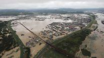 """""""Гонка со временем"""": миллионы людей в опасности из-за наводнения в Японии"""