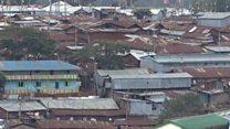 Une épée de Damonclès plane au-dessus des habitants de Kibera