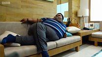 เด็กที่อ้วนที่สุดในโลกลดน้ำหนักลงได้ 1 ใน 3 ได้อย่างไร?