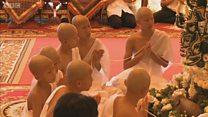 ترسيم أطفال الكهف التايلاندي رهبانا بوذيين