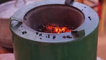 Un béninois invente un cuiseur hybride