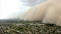 Massive dust storm rolls through Arizona