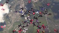 Women set new skydiving record